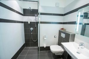 Koupelna v ubytování Hotel Villa Eden