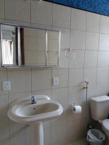A bathroom at Porto Dourado, G2