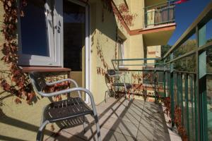 Balkon lub taras w obiekcie Metro Kabaty Studio
