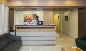 The lobby or reception area at Rahi Plaza