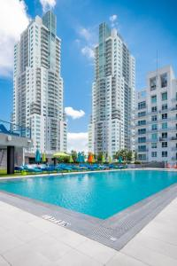 The swimming pool at or near The Guild Downtown | X Miami