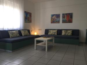 A seating area at Evdokia Suites