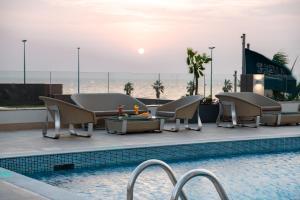 المسبح في فندق راديسون بلو, جدة كورنيش  أو بالجوار