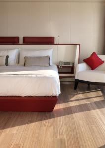 A bed or beds in a room at Sunborn Gibraltar