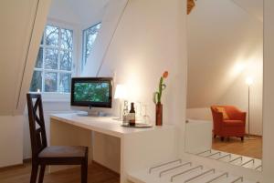 TV/Unterhaltungsangebot in der Unterkunft Parkhotel Wolfsburg