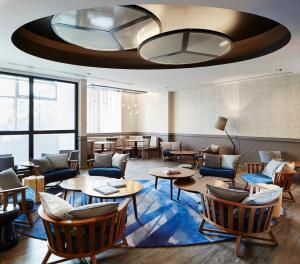 A restaurant or other place to eat at Residence Inn by Marriott London Bridge