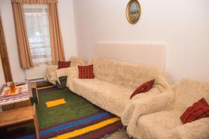 A seating area at Villa Zaburdo
