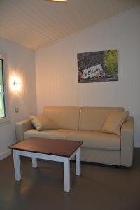 A seating area at Les Bois De Prayssac