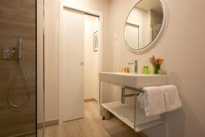 Een badkamer bij Le Mathurin Hotel & Spa