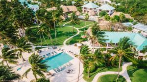 A view of the pool at Victoria House Resort & Spa or nearby