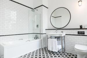 A bathroom at Titanic Hotel Belfast