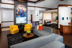 A seating area at Hyatt Place Dallas Park Central