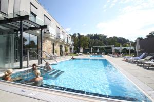 Der Swimmingpool an oder in der Nähe von Kaiser von Österreich, Historik- und Thermalhotel