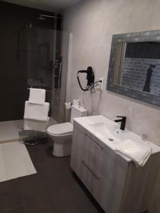 Un baño de H.Albar Mieres