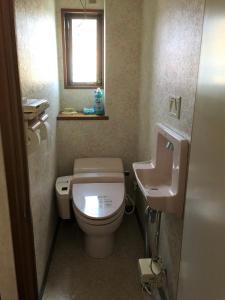Guesthouse LARGOにあるバスルーム