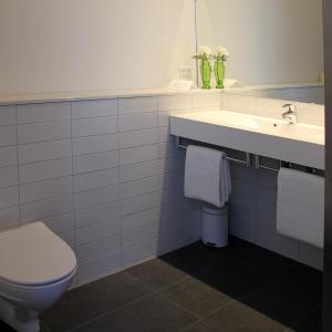 Et badeværelse på Factory Lodge