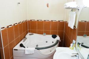 Ванная комната в Гостинично-Ресторанный Комлекс Эдельвейс