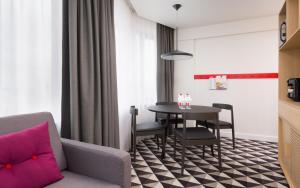 Гостиная зона в AZIMUT Отель Смоленская