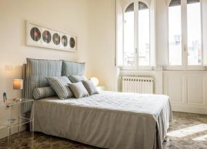Letto o letti in una camera di Art View Luxury Apartment