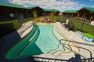 A view of the pool at Cody Cowboy Village or nearby