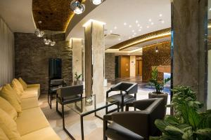 The lobby or reception area at Congress Hotel Krasnodar