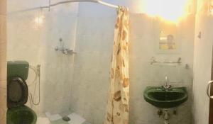 A bathroom at The North Face Inn