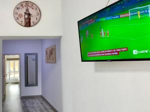 Una televisión o centro de entretenimiento en New Apartment Novelda Historic Center