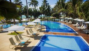 A view of the pool at Flat Jatiúca Suítes Resort or nearby