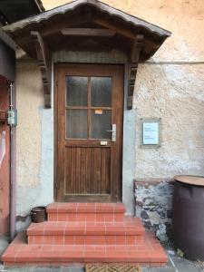 Eine Fassade oder ein Eingang zu Monteurzimmer-Graf