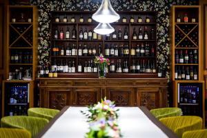 The lounge or bar area at Grande Albergo Roma