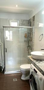 Ένα μπάνιο στο Home by the Canal, Lefkada Town