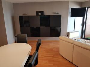 A television and/or entertainment center at Bristol Palace 6C
