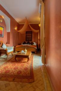 A bed or beds in a room at Dar Sohane