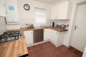 A kitchen or kitchenette at City pad
