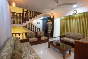 Ceyloni City Hotelにあるシーティングエリア