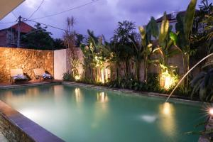 The swimming pool at or close to Narda House Ubud