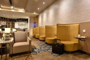 The lounge or bar area at Aerotel Transit Hotel, Terminal 1