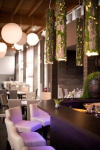 Lounge oder Bar in der Unterkunft Landhotel Bad Dürrenberg