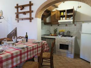 Cucina o angolo cottura di Agriturismo Palazzo Conti - B