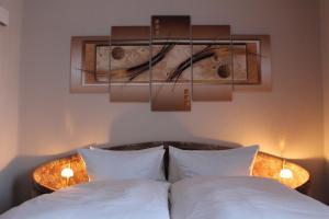 Ein Bett oder Betten in einem Zimmer der Unterkunft Pension Hannchen
