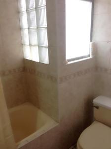 A bathroom at Helen's House El Mirador