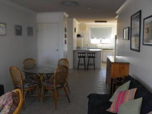 A seating area at Sunlake Unit 9, 82 Little Street, Forster