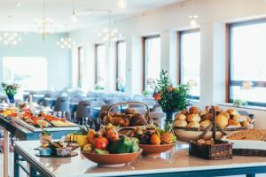 Mat på hotellet eller i närheten