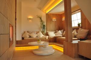 Ein Sitzbereich in der Unterkunft Hotel Sauerländer Hof