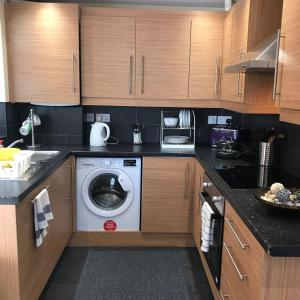 A kitchen or kitchenette at Glaisdale Studios