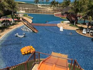 Uma vista da piscina em Beach Living Apartments ou nos arredores