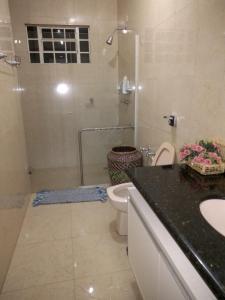 A bathroom at Aconchego da paz