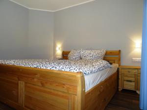 Ein Bett oder Betten in einem Zimmer der Unterkunft Alte Kelterei