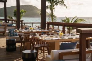 A restaurant or other place to eat at Park Hyatt St. Kitts