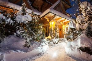 Obiekt Willa Przy Dolinie Kościeliskiej zimą